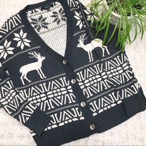 Forever 21 Knit Winter Reindeer Cardigan Sweater
